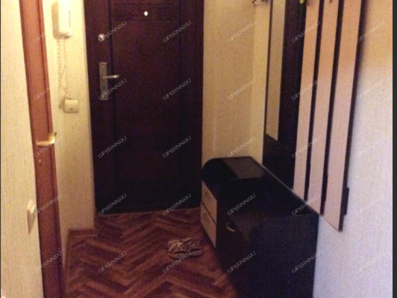 однокомнатная квартира на сутки на улице Совнаркомовская дом 28