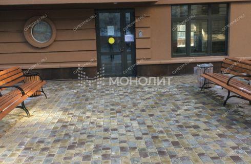 2-komnatnaya-pl-svobody-d-7 фото