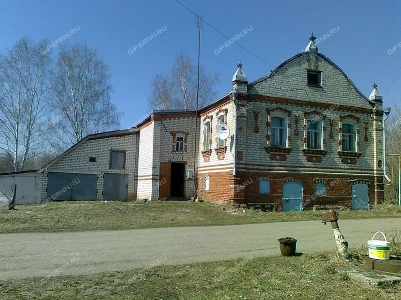 дом на Центральной улице село Варганы