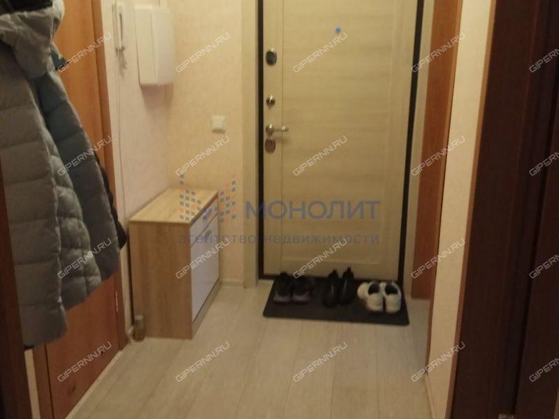 двухкомнатная квартира на улице Бурнаковская дом 97