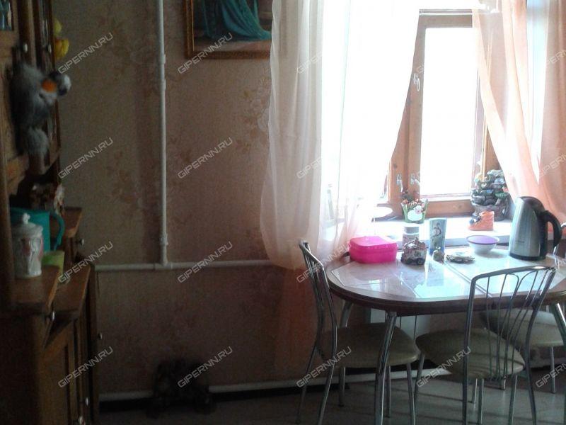 комната в доме 38 на улице 1-я Оранжерейная