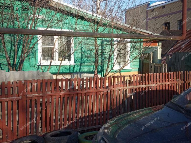 1/2 дома в переулке Костромской