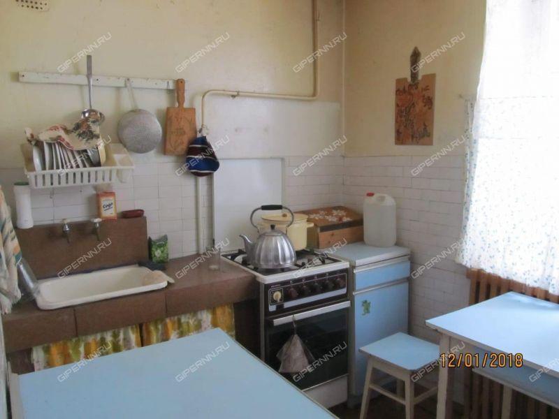 двухкомнатная квартира на улице Карповская дом 45 рабочий посёлок Вахтан